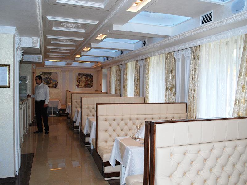 Ресторан гостиницы Золотая Корона